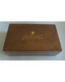Дървена кутия с 8 вида чай (светла )